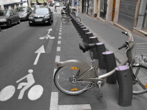 Dirección prohibida sauf velo (La Loire)