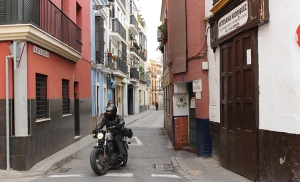 la ciudad estrecha 1 calle-matahacas-sevilla