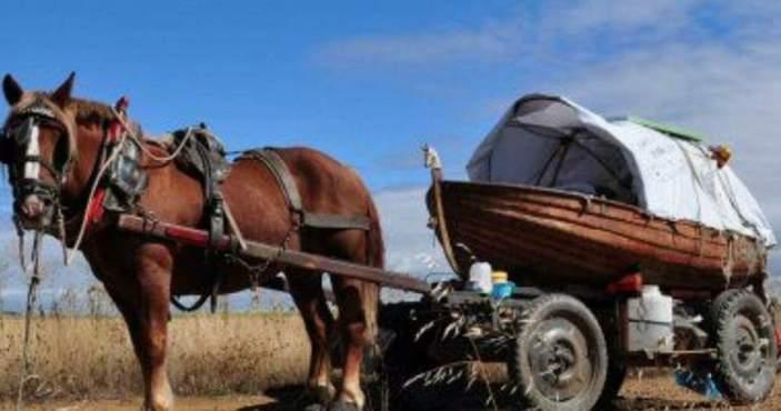 El Rocío lloviendo la carreta de Noé