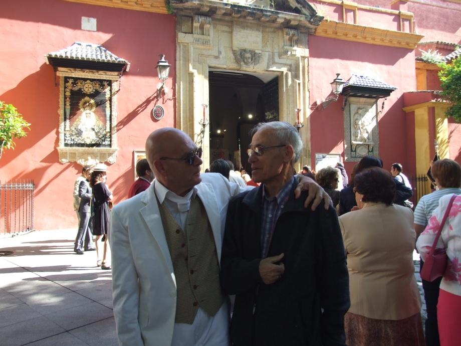 Procesión en San Lorenzo mayo 2010 008 Daniel Lebrato con Ángel Esteban