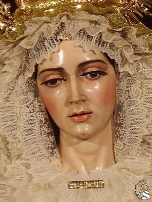 Virgen de la Aurora de Santa Marina Sevilla