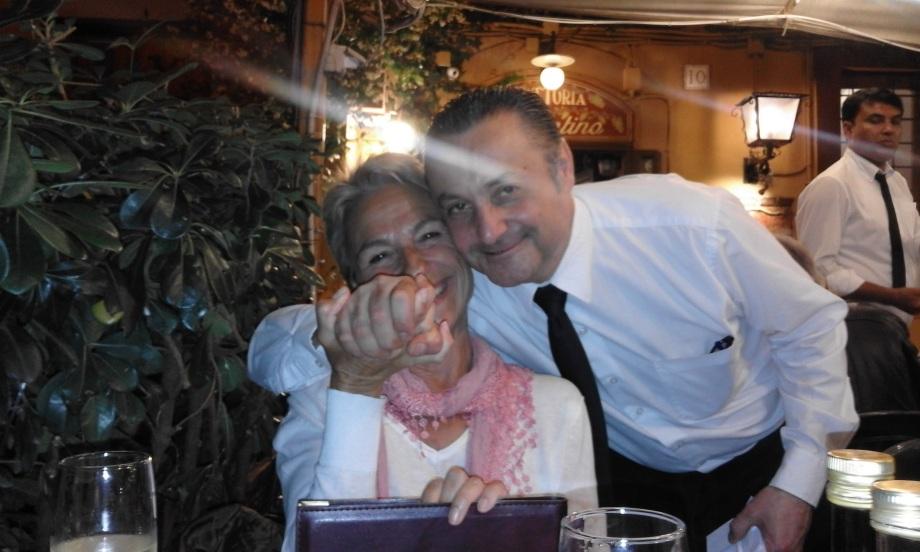 20160601_213417 Pilar con Francesco en Ponentino