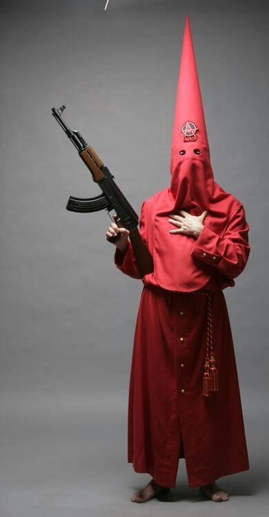 Nazareno con rifle 2