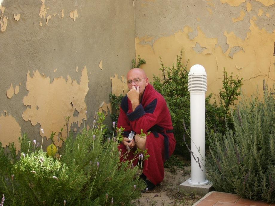 Daniel Lebrato en su rincón Alamin fotógrafo 2005 06 05