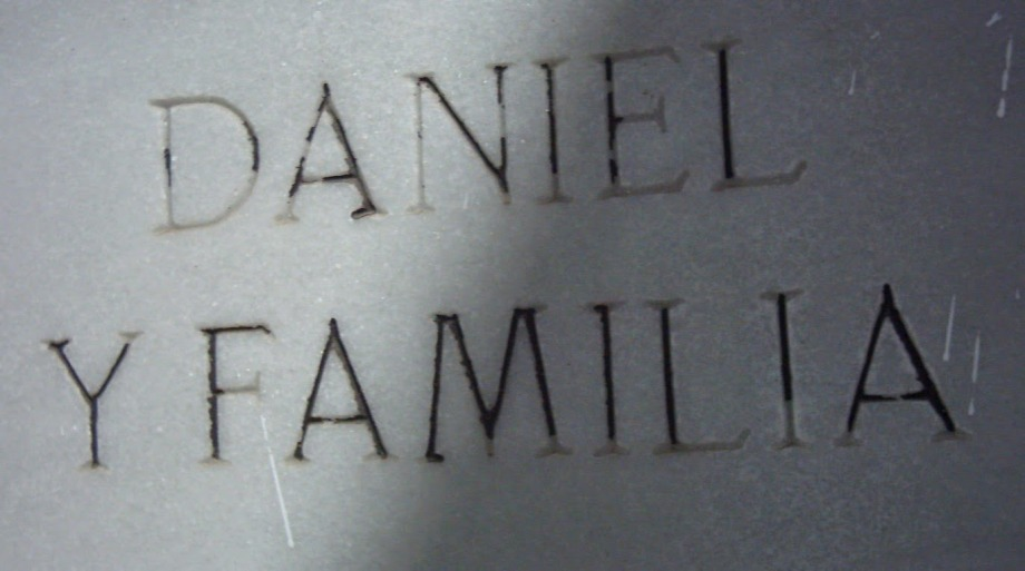 Cementerio_daniel y familia