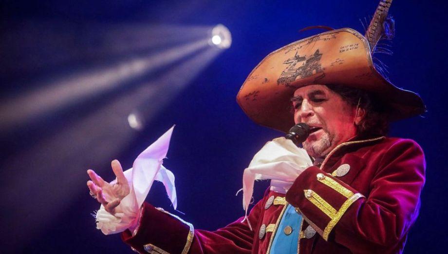 Joaquín Sabina pregona el Carnaval en Cádiz