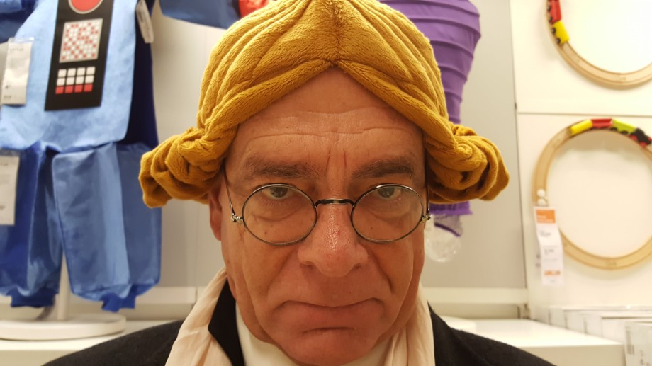 Daniel Lebrato, con peluca de juez