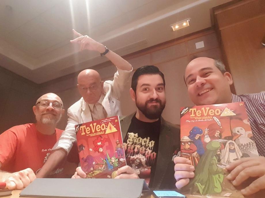 Profesor Lebrato con Rafa Iglesias, Manu Sánchez y Álvaro Martín