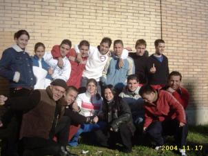 2004.11.17.IcoEstiloUrbano.ElGrupo&ElProfe (1)