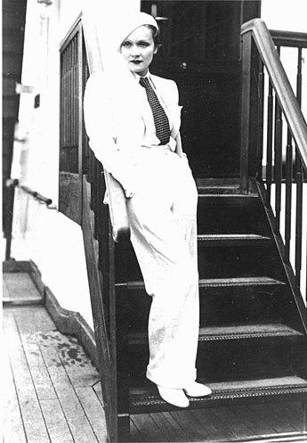 Marlene_Dietrich vestida de garçonne